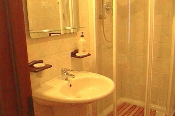 appartamento-lavanda-52CB972BB-D896-1A28-B3C7-673B778A893E.jpg