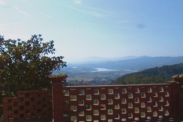 appartamento-rosmarino-mugello-toscana-firenze-giratola-lago-015591C52C9-E96F-ACBE-A220-84226CB6A5AF.jpg